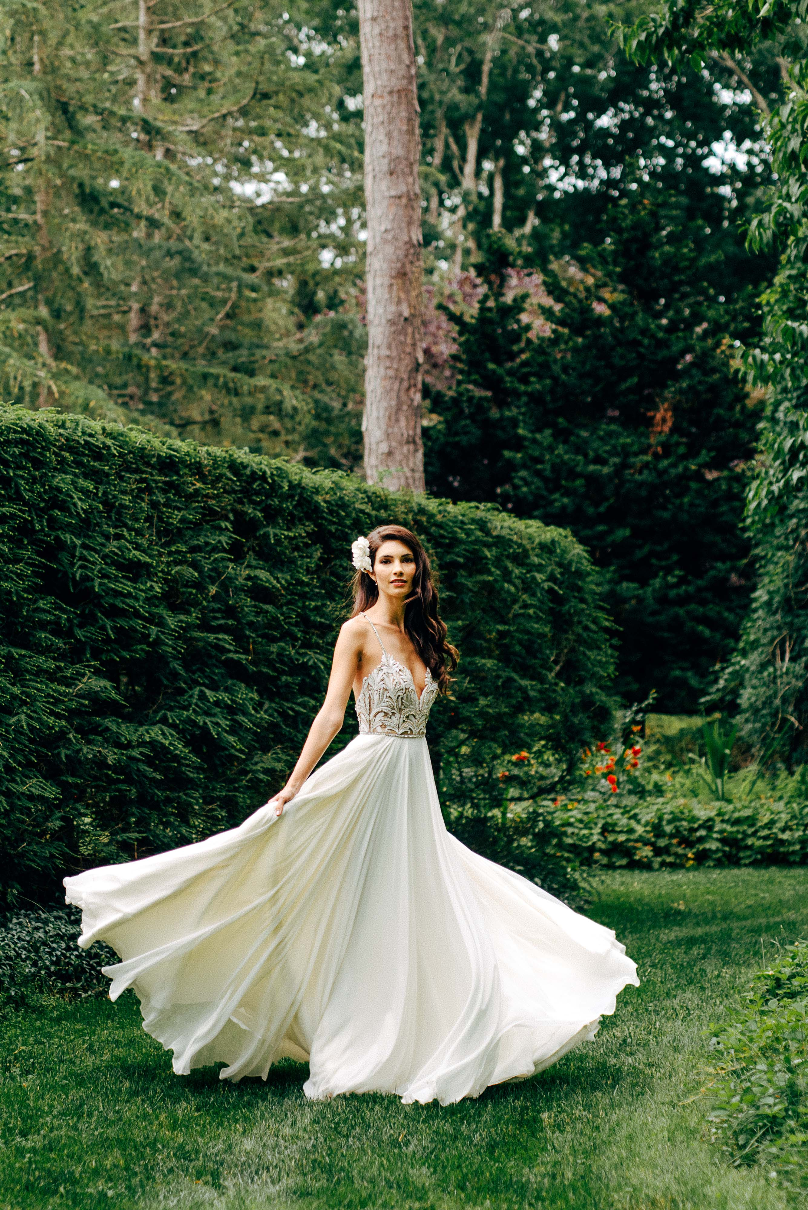 Model Teresa Moore Ties the Knot in Hayley Paige!   JLM Couture