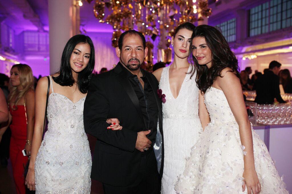 lazaro and girls