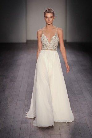 Hayley Paige Teresa / Style 6609 Wedding Gown