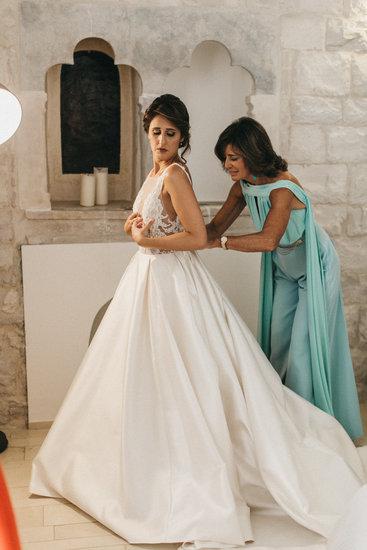 Real Bride Valentina in Lazaro Wedding Dress 3658