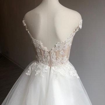 Lazaro Style 3903 Jaden Bridal Gown