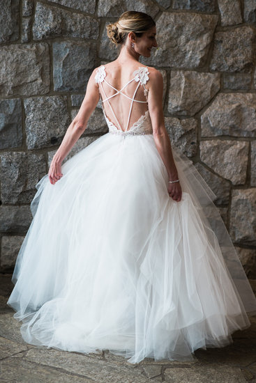 beautiful exposed back wedding dress