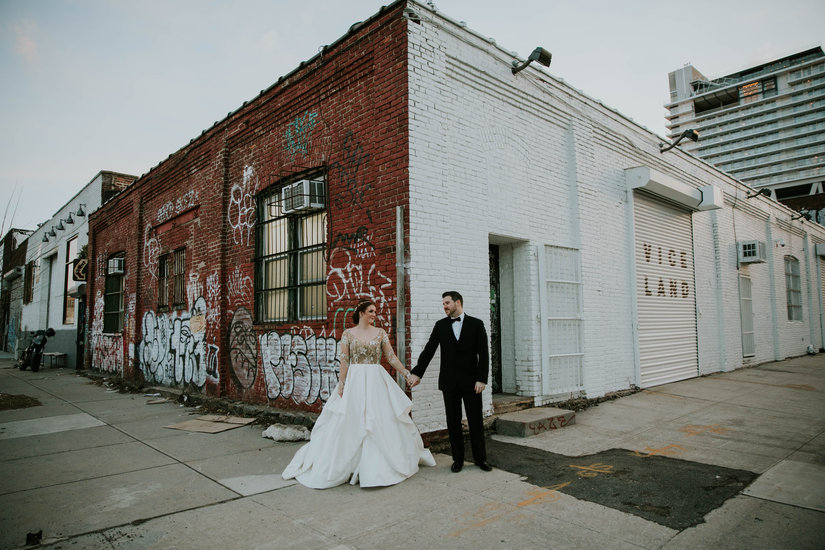 Couples Photo, Brooklyn, Nato Tuke, Hayley Paige, Collins, graffiti