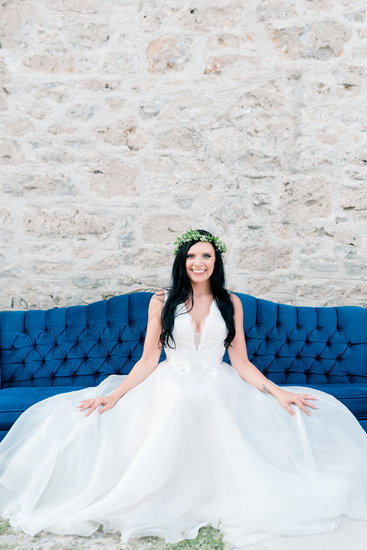 Bridal Portrait at The Slit Barn in Cambridge, ON