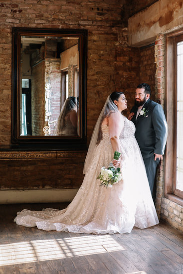 Gallery Portraits of bride and groom