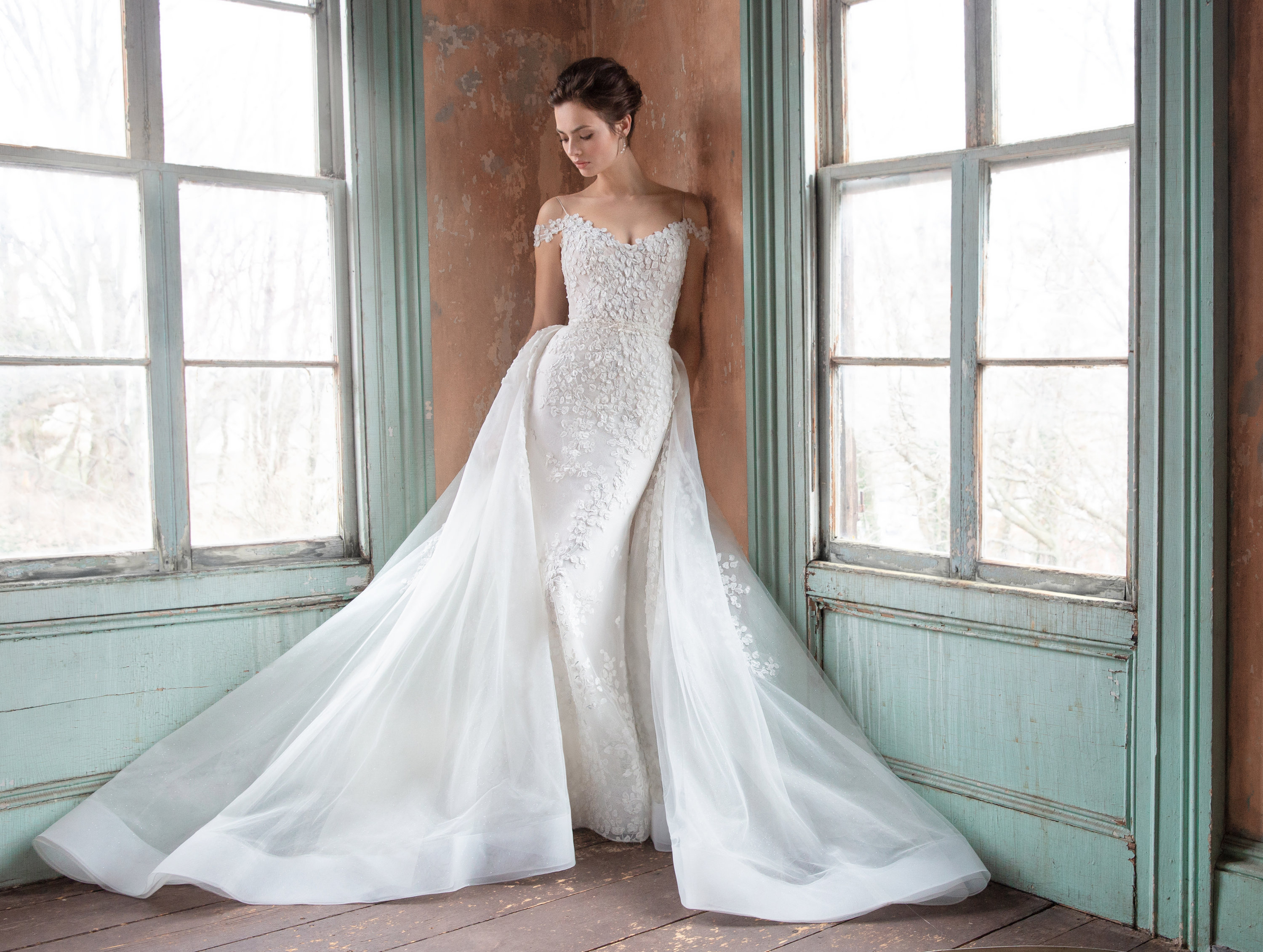 4f343455c8d Bridal Gowns and Wedding Dresses by JLM Couture - Style 3914 Olivia