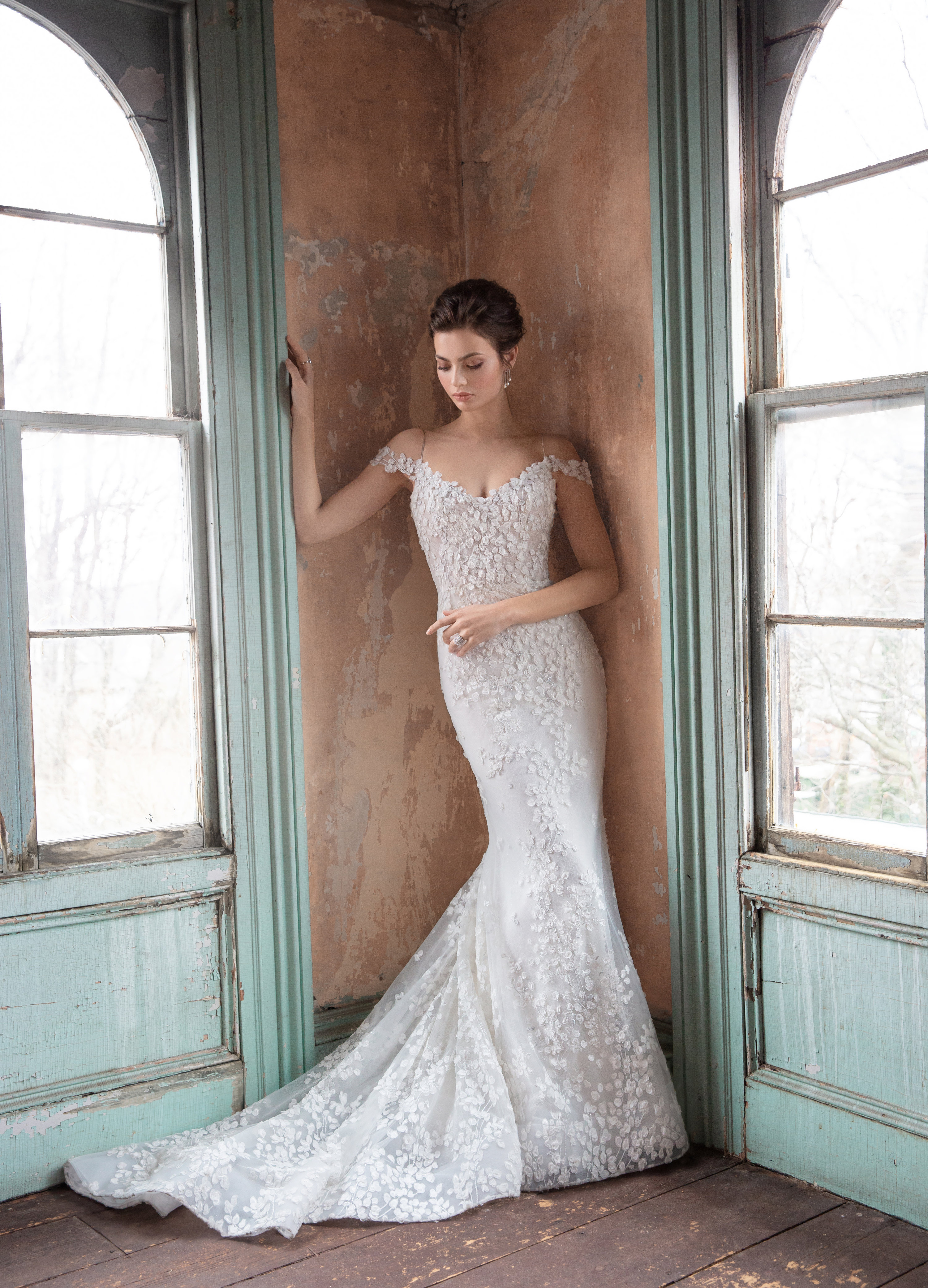 bc55c3e1b975 Bridal Gowns and Wedding Dresses by JLM Couture - Style 3914 Olivia