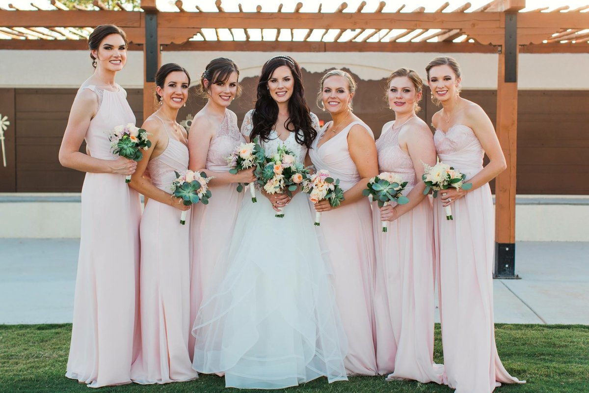 Multa Elizabeth James Wedding Dresses Ideas Ornamento Elaboración ...