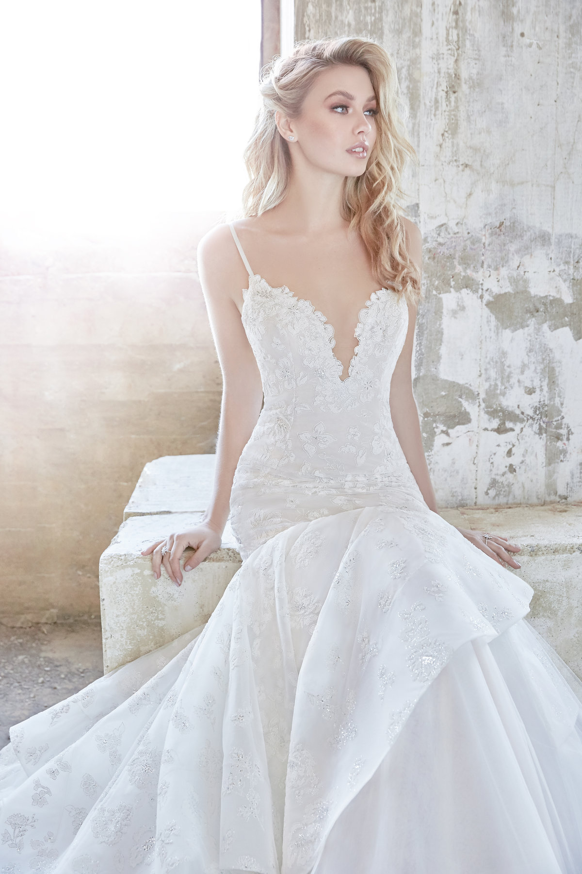 Where to find hayley paige wedding dresses-8017