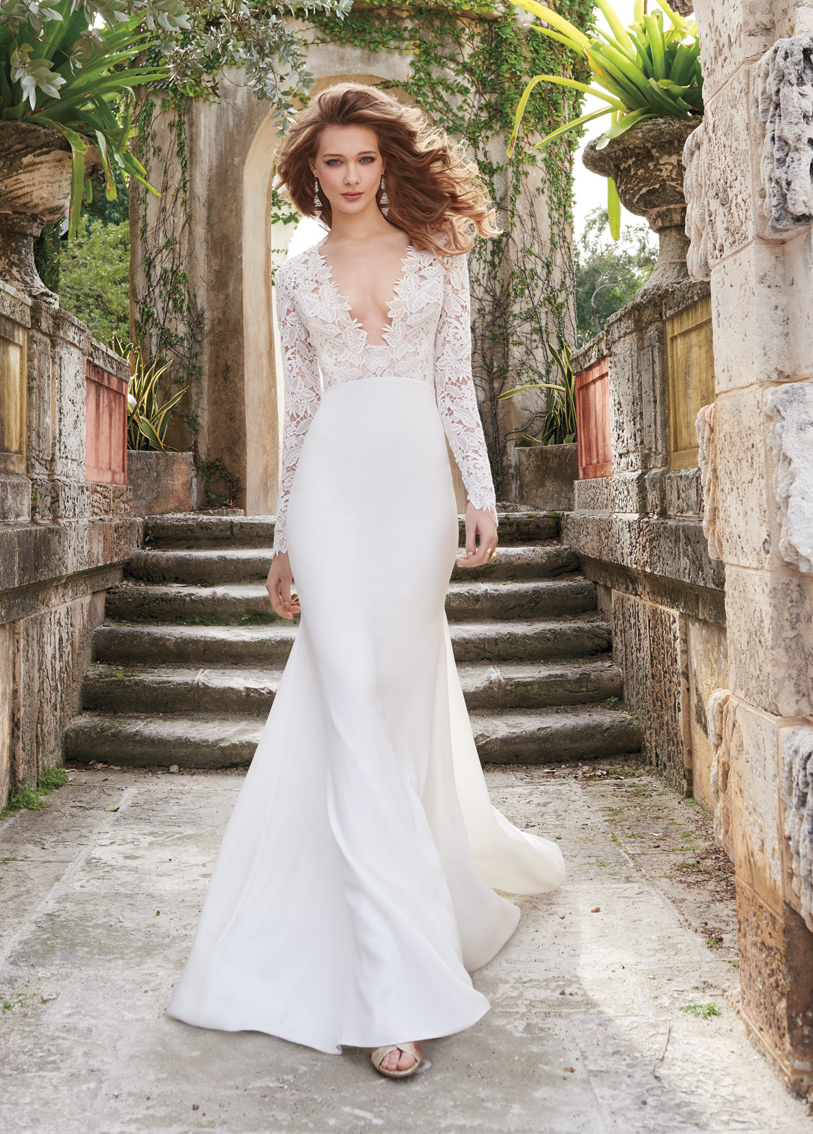 Wedding dresses lace sheath