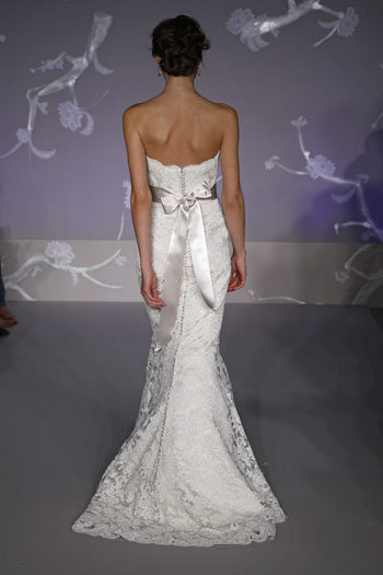Style 9102  Back View