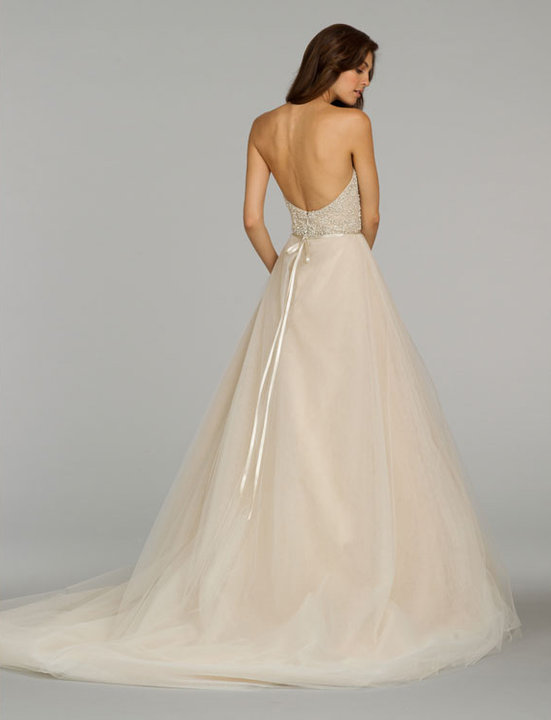 Style 9401  Back View