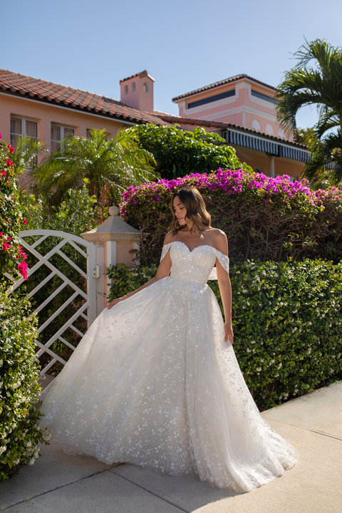 Blush by Hayley Paige Style Beau 12150 Bridal Gown