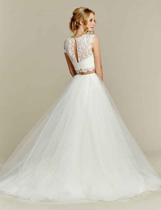 Style 1553 Sunny Back View