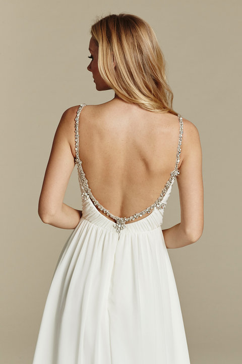 Style 1601 Moonie Detail Back View