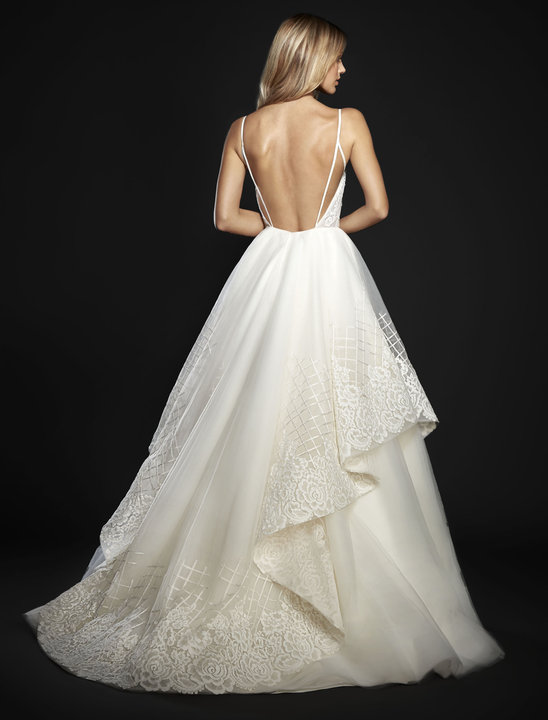 Style 6702 Hollace Lookbook Back