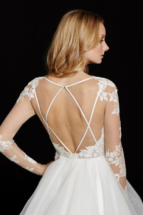 Style 6556 Elysia Detail Back View