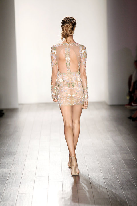 Style j'adore Runway Back