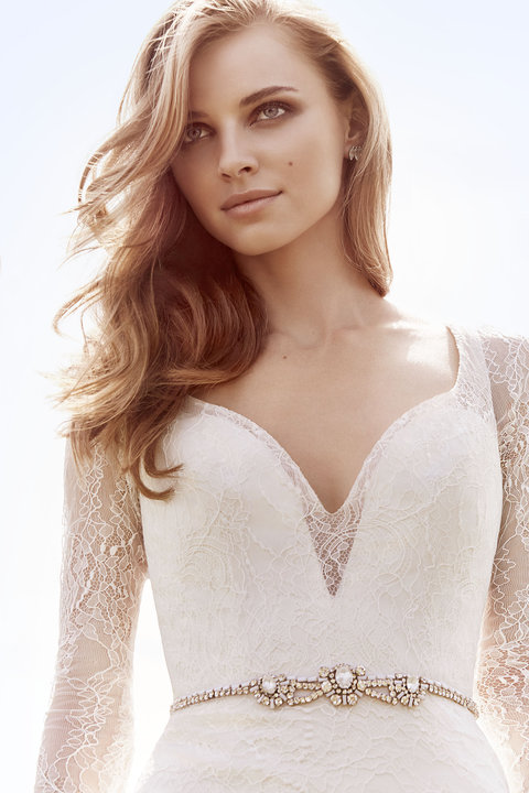 Jim Hjelm Style 8661 Bridal Gown