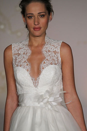 Style 8063  Close-Up View
