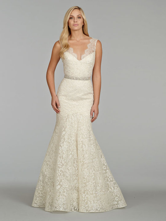 Style 8402  View in Ivory