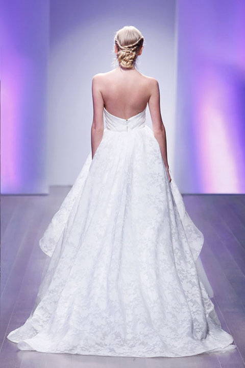 Style 8506  Back View