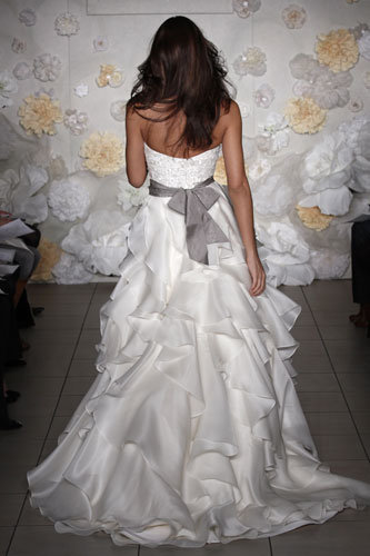 Style 8962  Back View