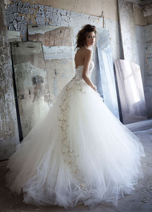 Style 3152  Back View