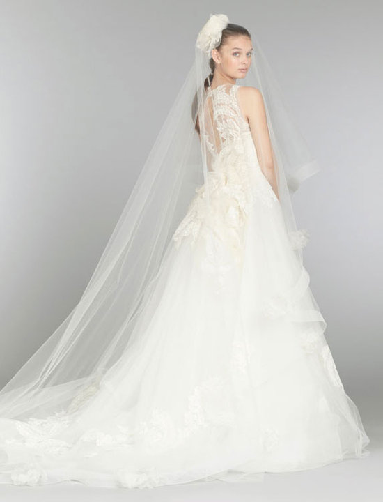 Style 3366  View with Veil