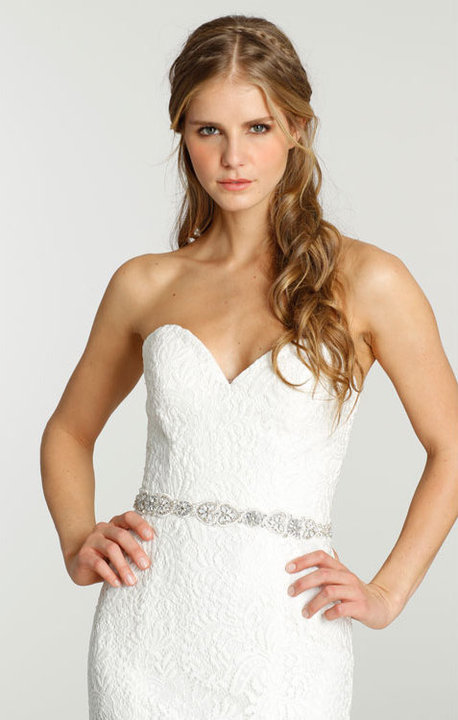 Style 7552 Lookbook Close Up