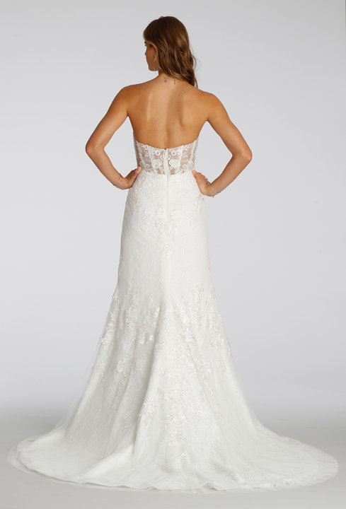 Style 7653 Back View