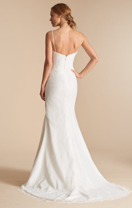 Style 7806 Gabby Lookbook Back