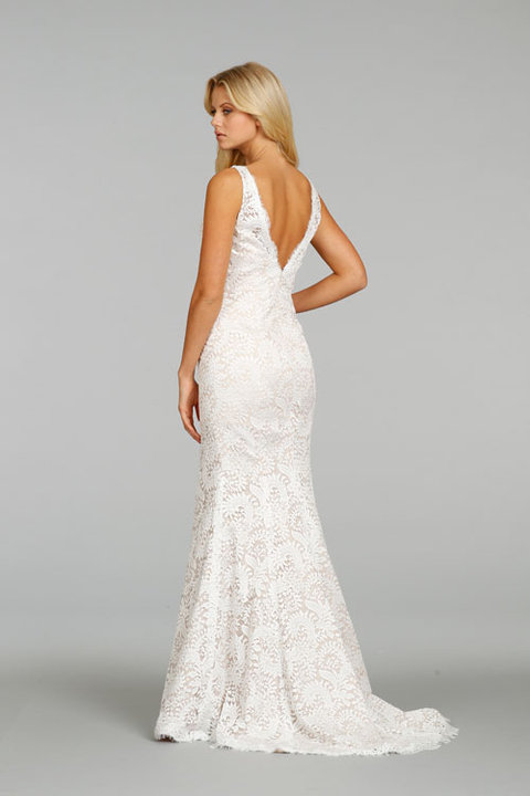 Style 7407  Back View