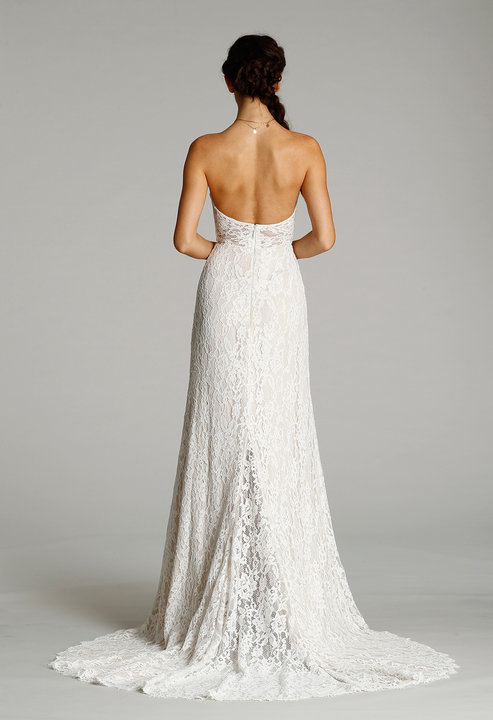 Style 7607  Back View